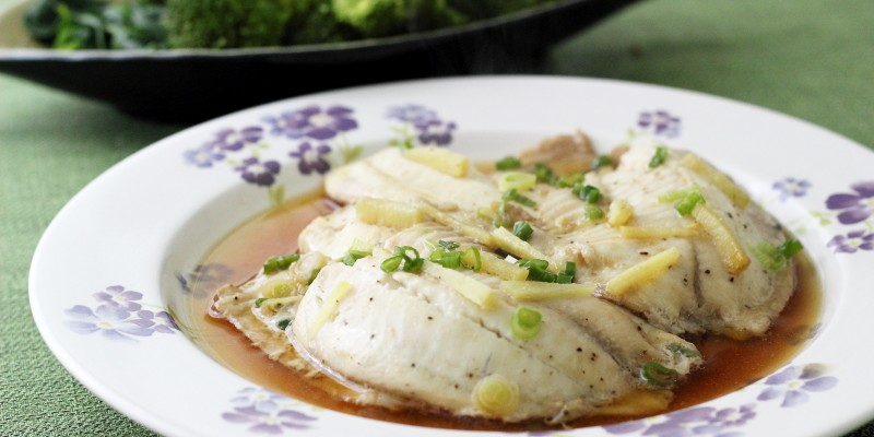 Steamed Sesame Ginger Tilapia Fillet – A Light and Healthy Dish